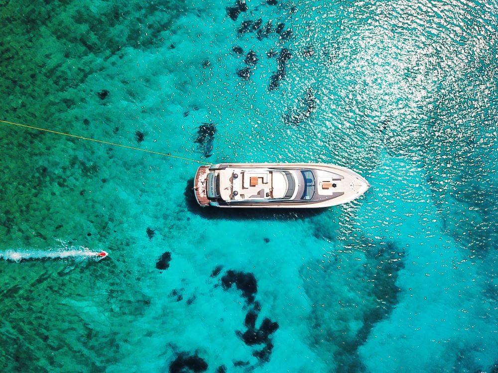 "Mykonos Yachting - Private & Luxury Yacht Charter - ""Grand Blue"" - Evo Marine 76 Flybridge"