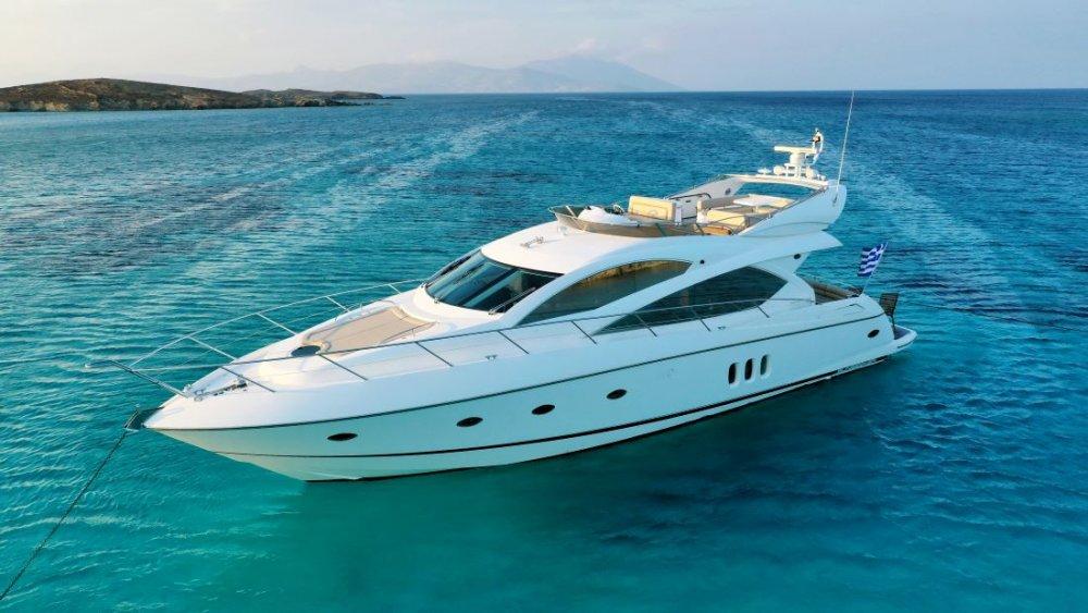 Mykonosyachting-Luxuty-Private-Yacht-Charter-Serenity-Sunseeker60-Flybridge-10