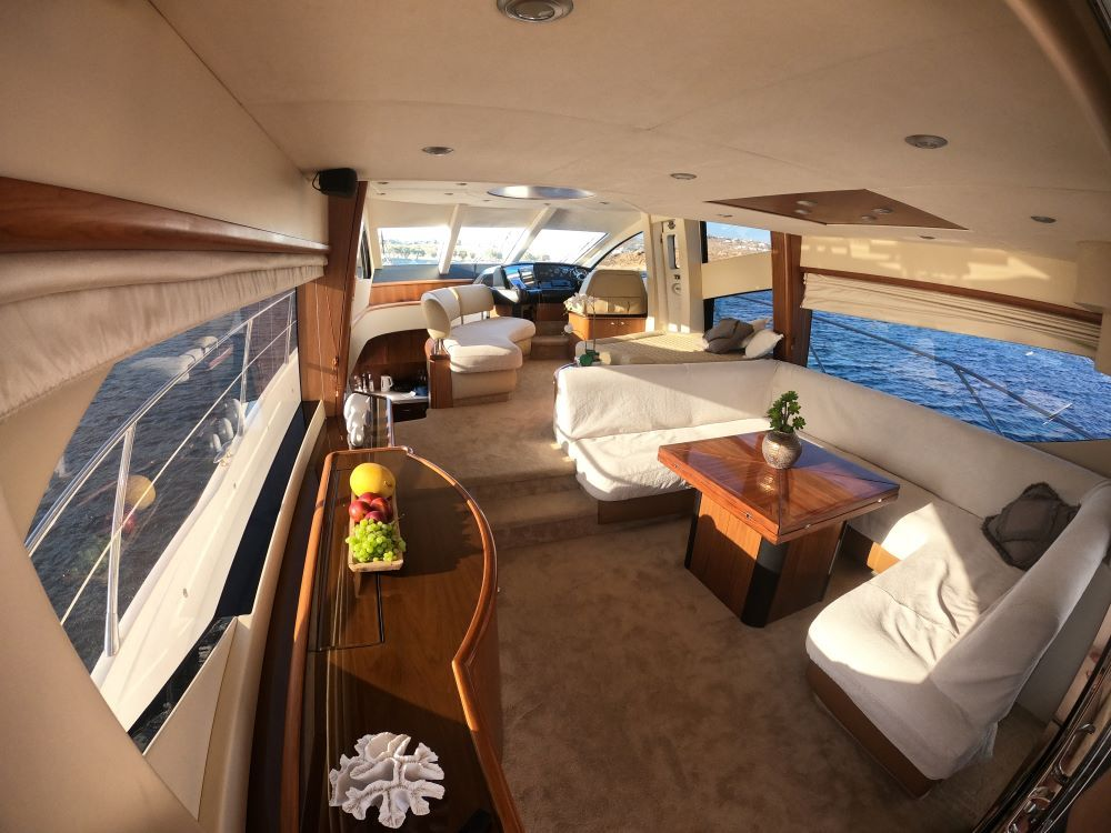 Mykonosyachting-Luxuty-Private-Yacht-Charter-Serenity-Sunseeker60-Flybridge-12