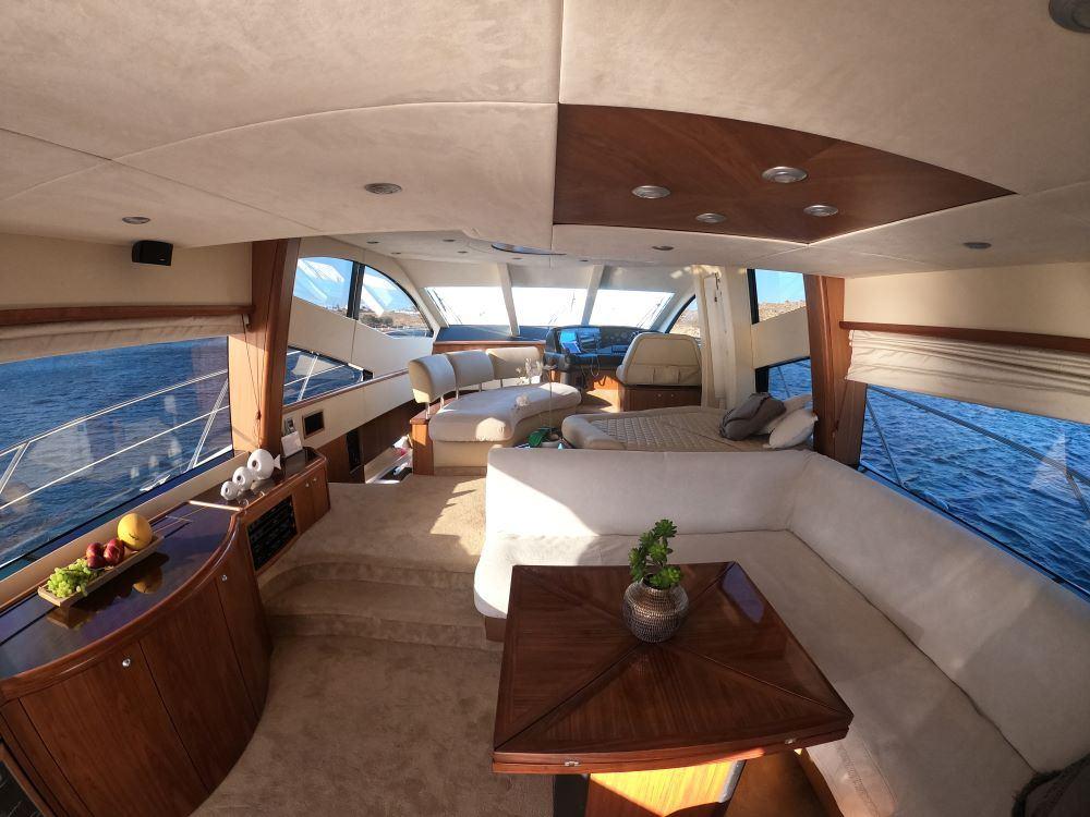 Mykonosyachting-Luxuty-Private-Yacht-Charter-Serenity-Sunseeker60-Flybridge-13