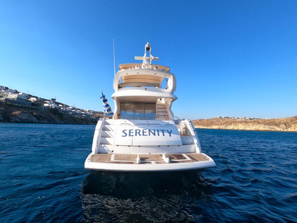 Mykonosyachting-Luxuty-Private-Yacht-Charter-Serenity-Sunseeker60-Flybridge-5