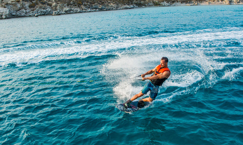 Wakeboard - Mykonos Water Sports